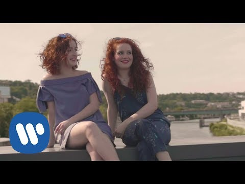 Video Camille and Julie Berthollet - S'il suffisait d'aimer